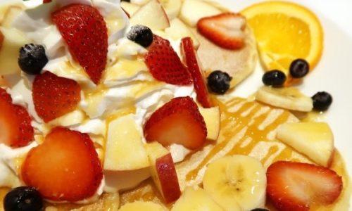 マウンテンフレッシュフルーツパンケーキ
