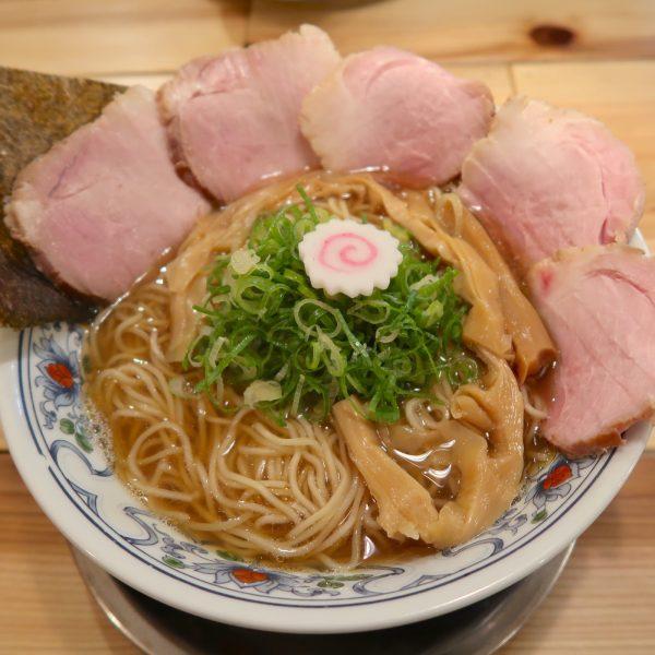 中華そば 大盛り チャーシュー増(930円)