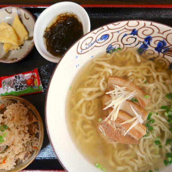 三枚肉そば(650円)+ミニじゅーしー(100円)