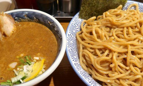 道玄坂マンモス 濃厚味玉肉入り辛つけ麺