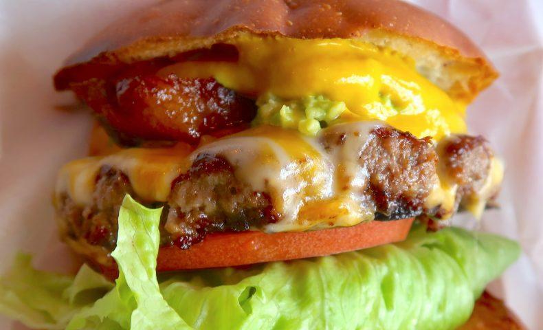 那覇 マーベリック (Maverick Hamburger)