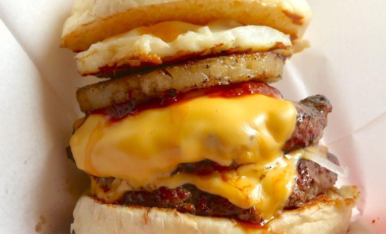 北谷 GORDIE'S でハンバーガー
