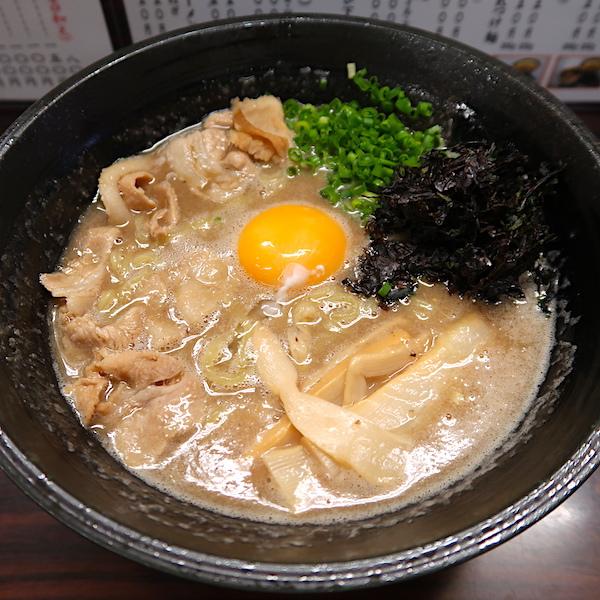 食べるスープ 中華肉玉そば(大・800円)