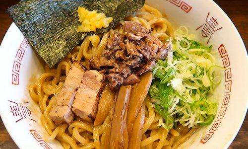 沖縄市「つけ麺 ジンベエ」で限定の油そば