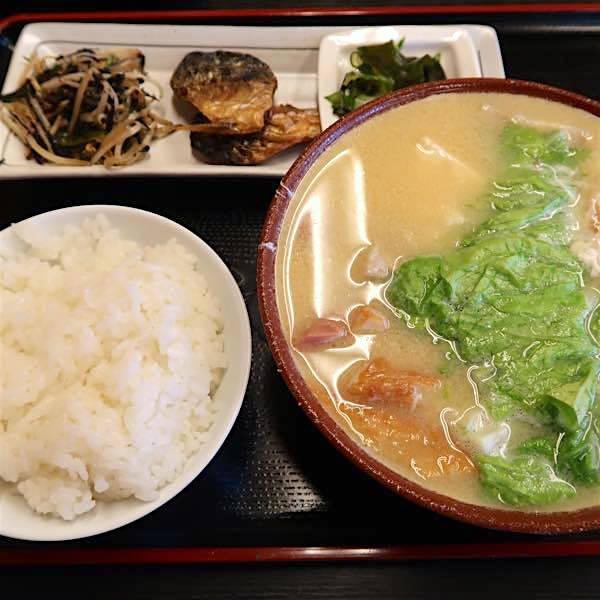みそ汁定食(800円)