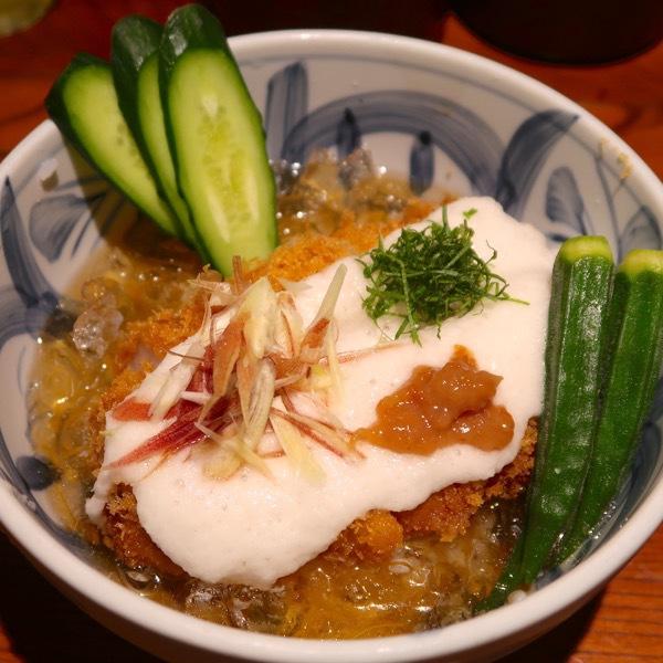 冷やしカツ丼・醤油味(1,600円)