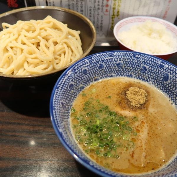 濃厚豚骨魚介 三代目つけ麺・大(850円)