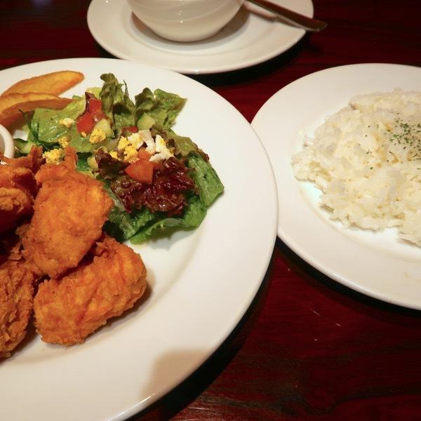 チキンとライスとスープ(1,000円)