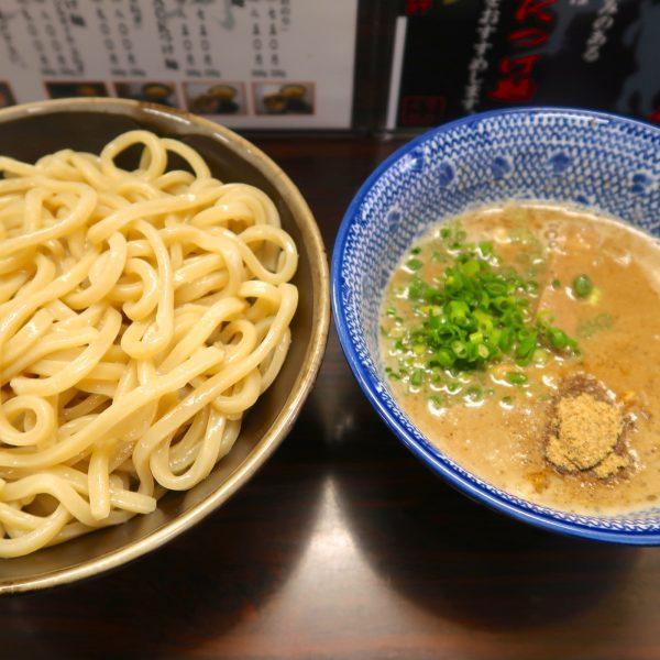 三代目つけ麺・大盛(850円)
