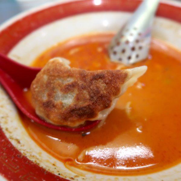 クセになるスープと餃子