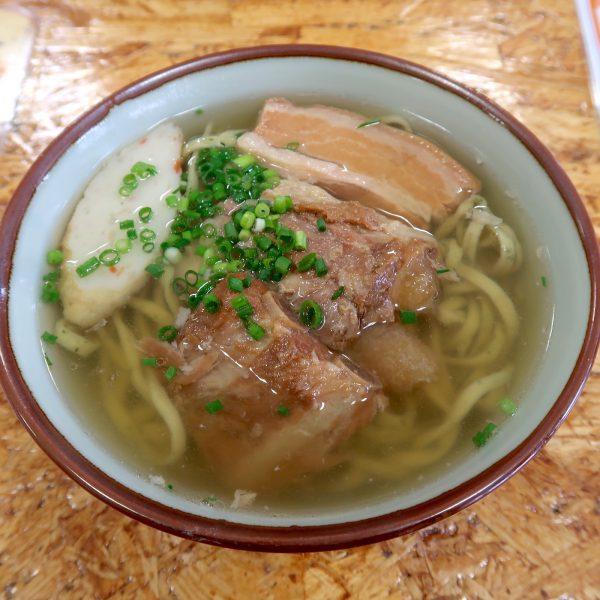 ミックスそば・よもぎ麺(730円)