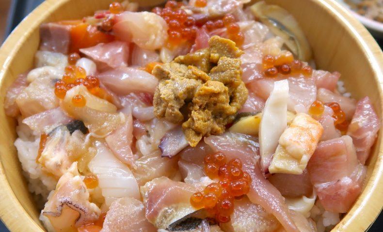 鮮魚と魚の唐揚げ 琉球 海鮮ひつまぶし