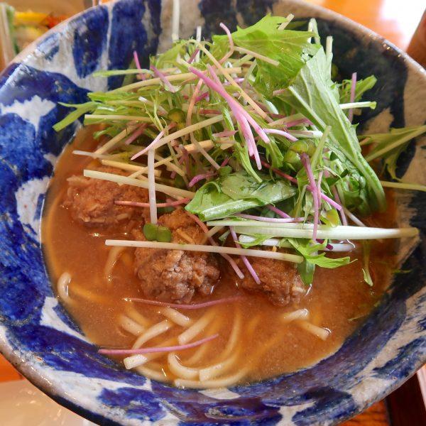 味噌風味の沖縄そば