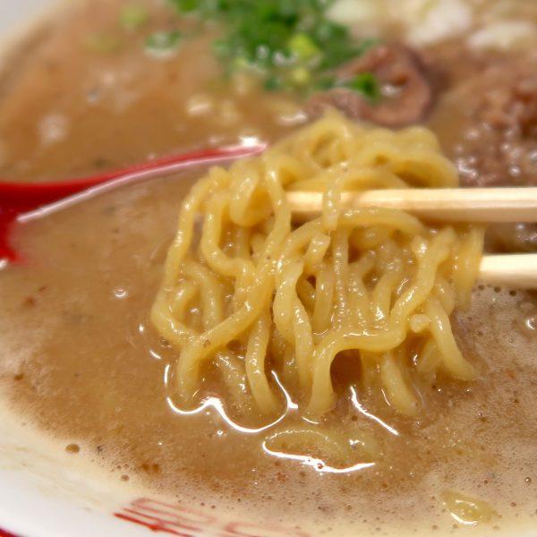 食感の心地よい麺