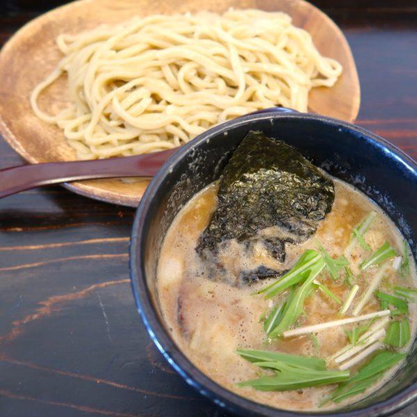 特製魚介鶏つけ麺(800円)