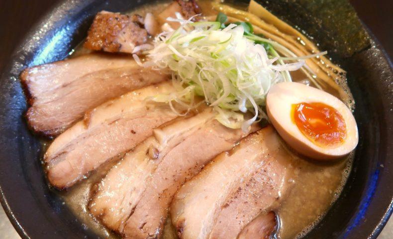 麺屋シロサキ 限定 炙り肉そば