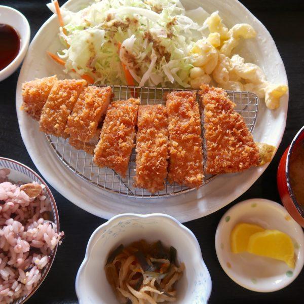 山原豚ロースかつ定食(1,110円)