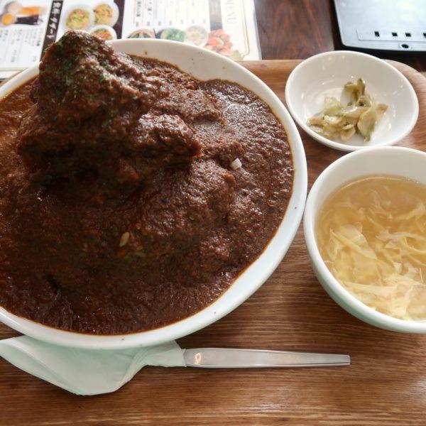 紅虎餃子房 スパイシーマウンテンチキンカツカレー(980円)