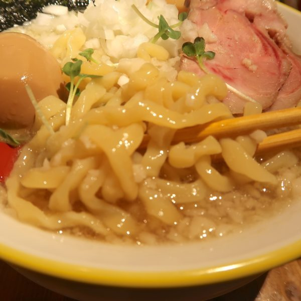 ぶりぶり麺