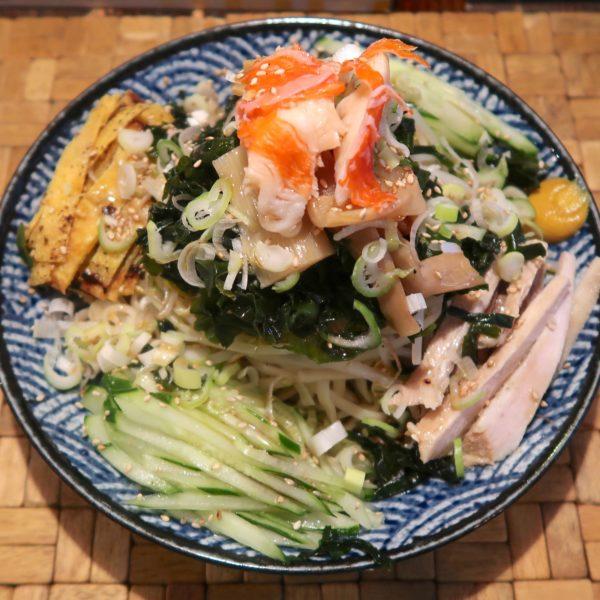 納涼夏麺 冷やし中華(900円)