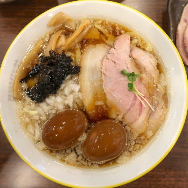 背脂煮干しラーメン・スペシャル(950円)
