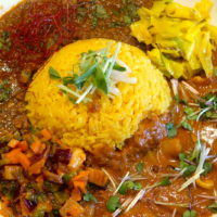 魚介×魚介! 旨味たっぷりヤマナカリー別邸のカレーが今週もうまい
