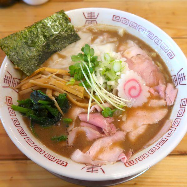 煮干しサバワンタン麺(850円)