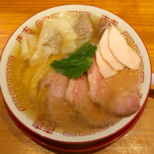 チャーシューメン+ワンタン(1,100円)