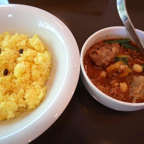カボチャとひよこ豆のキーマカレー・ソーキトッピング(950円)